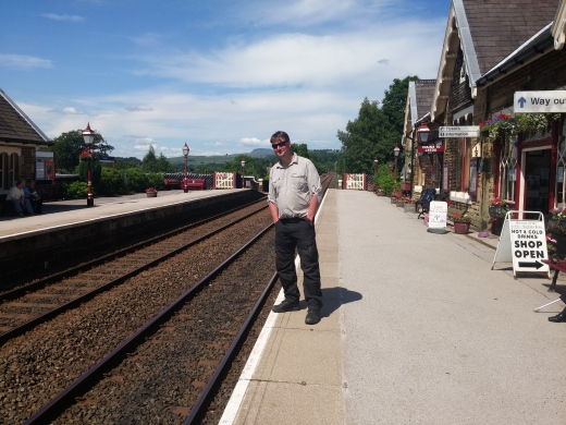 Settle train station & me